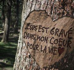 Jésus est dans mon cœur | 1001 versets