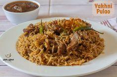 Mutton Yakhni Pulao recipe in Marathi Tofu Recipes, Asian Recipes, Snack Recipes, Asian Foods, Meat Rice Recipe, Paneer Makhani, Recipes In Marathi, Iranian Cuisine, Using A Pressure Cooker
