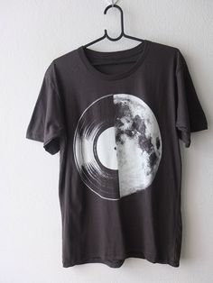 7558e78a9 Half Moon Record Album Graphic Music Printed T Shirt M Music T Shirts, Cool  T