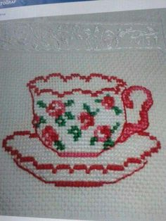 counted cross stitch kits for beginners Simple Cross Stitch, Modern Cross Stitch, Cross Stitch Flowers, Cross Stitch Designs, Cross Stitch Patterns, Cross Stitches, Counted Cross Stitch Kits, Cross Stitch Embroidery, Embroidery Patterns