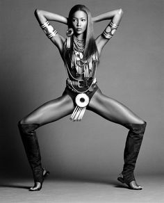 Naomi Campbell. 1992 - 90s Naomi was untouchable! Still is, but 90s? killed it