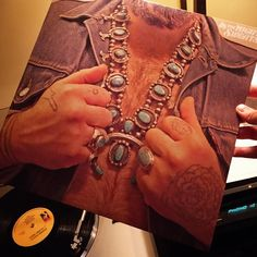 """#nowplaying @NathanielRateliff & the #NightSweats #2015 """"This self-titled offering on #Stax is a hard-swinging house-rocking affair that draws heavily on vintage R&B soul and proto rock & roll. Though Rateliff has displayed emotion in his vocals since the beginning even fans have never heard him like this. Influences from Sam & Dave to Van Morrison to Sam Cooke range freely on this set -- and he has the voice to pull it off."""" Allmusic  #rootsrock #rock #soul #rhythmandblues #randb#retrosoul…"""