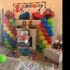 ELMO Birthday Balloons Decorations, Elmo Party Decorations, DIY KIT easy to assemble, Elmo Balloon Column, Sesame Street Balloon Decor Elmo First Birthday, Monster Birthday Parties, Birthday Party Games, First Birthday Parties, First Birthdays, Birthday Ideas, Sesame Street Birthday Party Ideas, Diy Elmo Party, Sesame Street Party