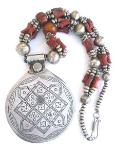 Africa | Old Berber Necklace Coral, Amber, Silver - Morocco