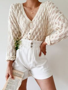 Blusas Top, Outfit Look, Moda Boho, Neutral Outfit, Estilo Retro, Looks Vintage, Aesthetic Clothes, Spring Outfits, Spring Shorts