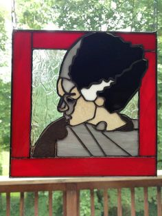 Halloween Shopaholic: Beautiful Horror Themed Stained Glass by Joe O Stained Glass Crafts, Stained Glass Patterns, Horror Decor, Goth Home Decor, Glass Pumpkins, Bride Of Frankenstein, American Horror, Kids Crafts, Creepy