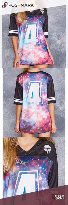 💫Galaxy Jewel💎 Touchdown - Large Excellent condition, worn twice. Sold out, not available on blackmilk site. This touchdown is a much thicker material than another I own (great wave is more mesh jersey). Wonderful color on this piece, I just never wear it 😣 Blackmilk Tops Muscle Tees