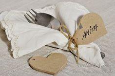 Papperstags, pappershjärtan, Tags, Kvist  Lantligt Tags.  Tillverkade av 100% återvunnet SVENSKT kvistpapper