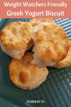 Weight Watchers Recipes Discover Healthy Biscuit Recipe using Greek Yogurt Make our Healthy Greek Yogurt Biscuits for only 2 SmartPoints per biscuit on the Weight Watchers FreeStyle program! A great healthy biscuit recipe youll love! Plats Weight Watchers, Weight Watchers Breakfast, Weight Watchers Diet, Weight Watcher Dinners, Weight Watcher Recipes, Weight Watchers Muffins, Weight Watchers Cupcakes, Weight Watchers Recipes With Smartpoints, Weight Watchers Cheesecake