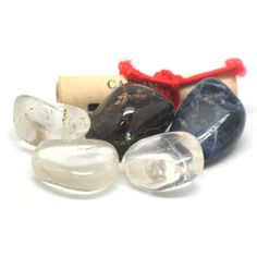 Your birthstones are a major power source. Wearing your birthstones or having them in your environment brings many blessings. For Capricorn, the crystals that are connected with your sign are Garnet (your power stone), Sodalite & Clear Quartz. These stones help you to be the master of your destiny, strengthening your confidence. They provide support in difficult times or times of stress, revitalizing your energy and passion. Your power stone, Garnet, symbolizes light and a loyal heart.