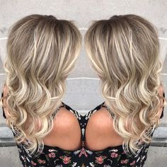 Who loves this blonde? Mee