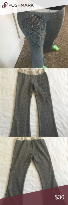 """Miss me yoga 28"""" inseam Like new extremely comfy Miss Me Pants"""