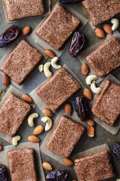 These homemade protein bars require just 4 ingredients–made like the Whole30 approved RXBAR using egg white protein, almonds, cashews and dates.