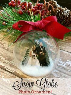 Snow Globe Photo Ornament #snowglobes #photos #ornaments #diy