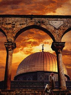 Dome of the Rock, Jerusalem - would love to see this in person, but the photo is fantastic!  #photography #jerusalem