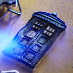 TARDIS and Angel Cookie Cutters - From Lakeland. Not actually a recipe but still food related and AWESOME.