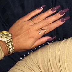 Best Nail Art is here to share with you 18 Trending Nail Designs That You Will Love! You may not love every single nail image here but you certainly will love the majority of these pretty nails. Sexy Nails, Dope Nails, Nails On Fleek, Fabulous Nails, Perfect Nails, Nail Ring, Cute Nail Designs, Nails Inspiration, Beauty Nails