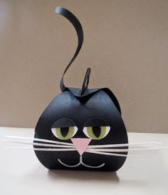Black Cat made with the Curvy Keepsake Box Thinlits Die, Stampin' Up!