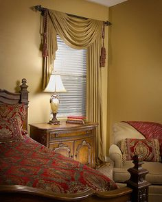 Tuscan style – Mediterranean Home Decor Swag Curtains, Curtains And Draperies, Drapery Panels, Valances, Drapery Designs, Bedroom Windows, Tuscan Decorating, Window Styles, Tuscan Style