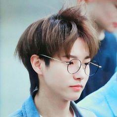 Yep mom I was studying Huang Renjun, Nct Taeyong, Winwin, K Idols, Jaehyun, Nct 127, Nct Dream, Boyfriend, Culture