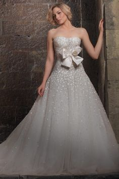 Zuhair Murad Wedding Dress - this is perfect without the ribbon
