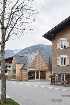 Architect Innauer Matt. Modern cabin chalet.