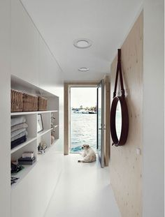 Inspiring houseboat in Copenhagen (Daily Dream Decor)