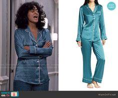 Rainbow's blue printed pajamas on Black-ish.  Outfit Details: https://wornontv.net/55511/ #Blackish