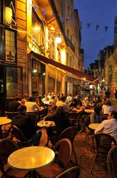 French cafe in Rouen- looks exactly like the Vincent Van Gough painting!