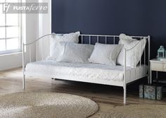 Cama diván de forja en www.fustaiferro.com #diseño #interiorismo #decoracion #fustaiferro #tendencia