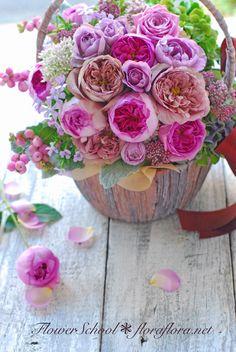 FlowerStudioFLORAFLORA*TOKYO*FlowerSchool 東京フラワースタジオフローラフローラ*ちいさな花の教室 ワンデイレッスン 秋のバラのアンティークバスケット