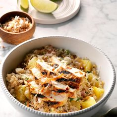Tropical Chicken Cauliflower Rice Bowls Recipe -This tropical favorite is a delicious and healthy dinner with tons of flavor! You can substitute regular rice for the cauliflower rice if desired. Chicken Breast Recipes Healthy, Chicken Recipes, Healthy Chicken, Chicken Meals, Healthy Meals, Healthy Eating, Healthy Recipes, Chicken Chili, Chicken Rice