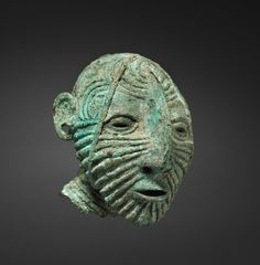 Male Head, 1st millenium bc, bronze. South East Asia, Thailand, Ban Chiang, Neolithic period. Cleveland Museum of Art