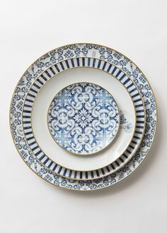 "Inspired by the Year of Portugal in Brazil and of Brazil in Portugal, Brunno Jahara designed this dinnerware line to celebrate the union between the two worlds, united by the mighty Atlantic in a unique multicultural celebration. DIMENSIONS * Transatlantica Charger Plate XL (15.6"") * Charger Plate (13"") * Dinner Plate (11"") * Salad/Dessert Plate (7.75"") * Bread Plate (6.4"") * Soup Bowl (9.9"") * Cereal Bowl (6.6"") * Cup/Saucer Duo DETAILS * Porce..."