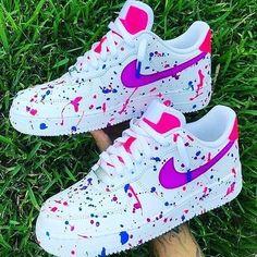 sneakernett airmax Sneakers in 2020 Shoe boots Sneakers Nike shoes Cute Nike Shoes, Cute Sneakers, Sneakers Nike, Adidas Shoes, Nike Shoes For Sale, Girls Sneakers, Cheap Shoes, Jordan Shoes Girls, Girls Shoes