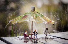 Miniature photography I skuggan av ett världsarv vannspreder 1 Miniature Photography, Toys Photography, Creative Photography, Little People Big World, Tilt Shift Photography, Miniature Calendar, Creation Photo, Tiny World, People Art