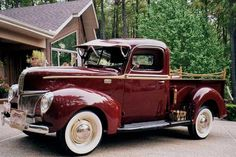 Vintage Ford pickup truck 1940s