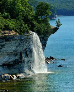 Spray Falls - Michigan's Pictured Rocks National Lakeshore - Lake Superior  (love the little tree on the edge of the rock)
