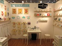IMG_2433-Sass-Peril-The-Paper-Cub-NSS-2013-booth-summary.jpg (580×435)