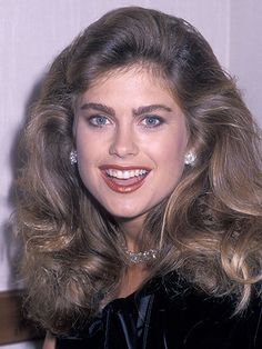 13 Hairstyles You Totally Wore in the '80s: Debbie Gibson ... - photo #8