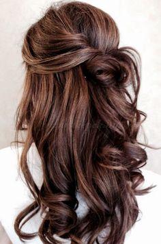 félig feltűzött frizurák, frizurák hosszú hajból - félig leengedett frizura