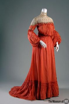 Afternoon Dress    1903 Love the skirt