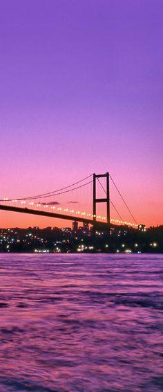 Istanbul // Turkey Turkey Travel Honeymoon Backpack Backpacking Vacation Budget Off the Beaten Path Wanderlust Cruise Greek Islands, Greek Cruise, Visit Istanbul, Istanbul Travel, Istanbul City, Home Bild, Turkey Country, Perfect Road Trip, Cheap Cruises
