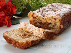 Plumcake+sbriciolato+alla+pera+con+marmellata+di+fichi+e+amaretti
