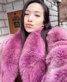 Fur Fashion, Womens Fashion, Fox Fur Coat, Fur Coats, Fur Clothing, Ice Queen, Shaggy, Pink Purple, Faux Fur