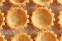 Лучшее тесто для тарталеток и закусочных корзинок Dog Recipes, Sweet Recipes, Salad Recipes, Cake Recipes, Snack Recipes, Cooking Recipes, Snacks, Kefir, Musaka