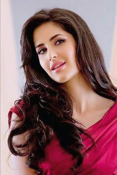 Bollywood most popular actress Katrina Kaif best photo and wallpaper gallery. Best hd image of actress Katrina Kaif. Photos Of Katrina, Katrina Kaif Images, Katrina Kaif Photo, Indian Celebrities, Bollywood Celebrities, Beautiful Celebrities, Beautiful Actresses, Beautiful Women, Beautiful Bollywood Actress
