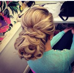 Love this bridal up 'do' by Peaches and Cream in Liverpool