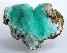Turquoise heart - would be a cool piece to have when the boys are in college!