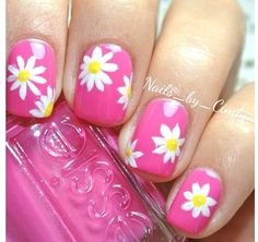 Nail Art con fiori: primavera inspired! - DimmiCosaCerchi.it